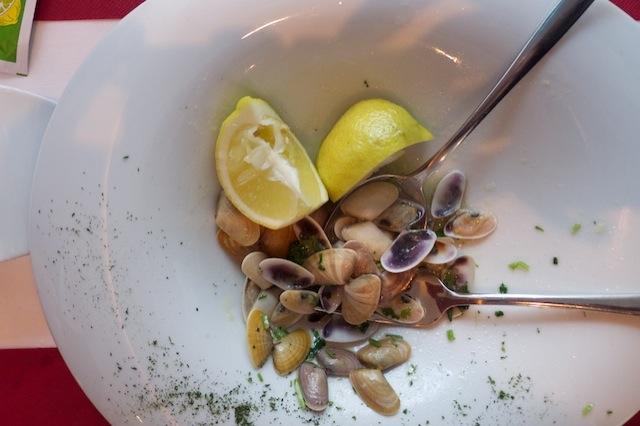 Bean clams